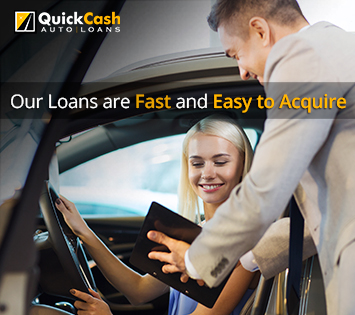 Picture of a Quick Cash Auto Loans Client Receiving an Auto Title Loan in Miami
